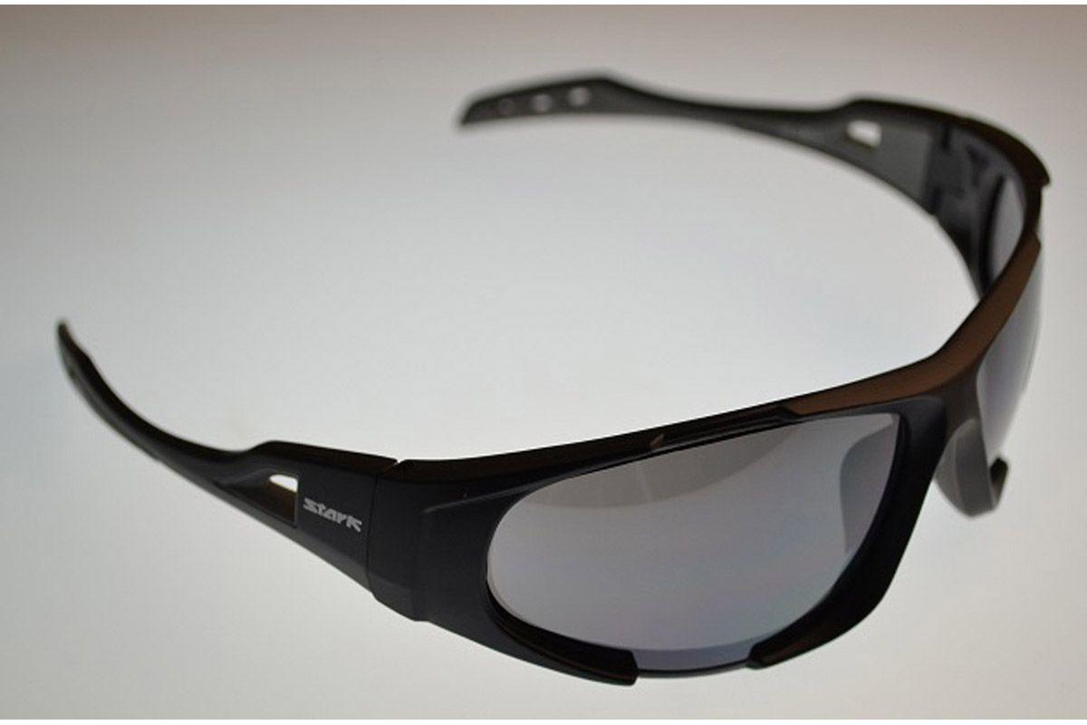 Очки солнцезащитные HS-1347K -ОЧКИ<br>Очки солнцезащитные HS-1347K с логотипом Stark, спортивный стиль, оправа черная матовая, линзы темно-серые зеркальные, сменные линзы оранжевые<br><br>бренд: STARK<br>год: Всесезонный<br>рама: None<br>вилка: None<br>блокировка амортизатора: None<br>диаметр колес: None<br>тормоза: None<br>уровень оборудования: None<br>количество скоростей: None<br>Цвет: -<br>Размер: None