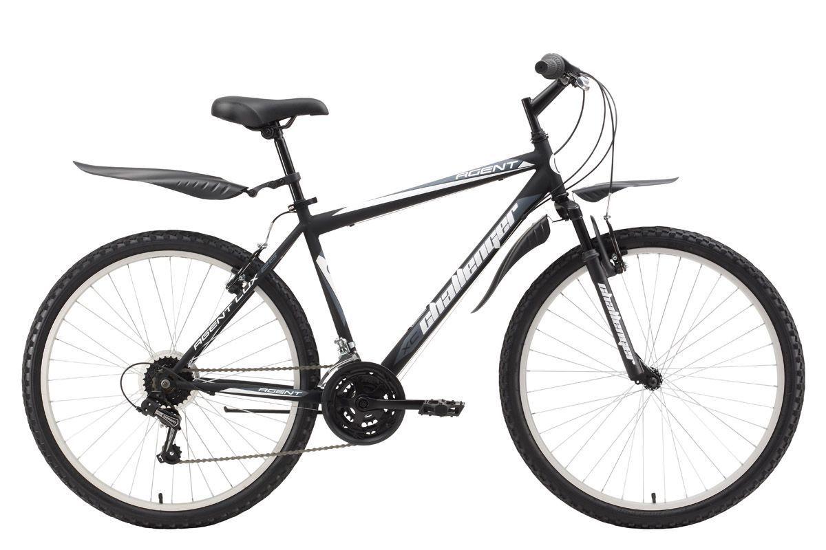 Велосипед Challenger Agent Lux 26 (2017) черно-серый 20КОЛЕСА 26 (СТАНДАРТ)<br>Горный велосипед Challenger Agent Lux 26 на стальной раме предназначен для прогулочного катания. Велосипед оборудован передней амортизационной вилкой и ободными тормозами типа V-brake. Трансмиссия велосипеда имеет 18 скоростей. Выбор необходимой передачи выполняют переключатели RevoShift и задний механизм Shimano. Колёса на усиленных ободах крепятся в вилке эксцентриком. Такой тип крепления позволяет легко снять колесо при погрузке в автомобиль. Так же, благодаря эксцентрику, происходит быстрая регулировка седла по высоте. Горный велосипед Challenger Agent Lux 26 укомплектован пластиковыми крыльями и подножкой. При желании, вы можете выбрать модификацию велосипеда ChallengerAgent с механическим дисковым тормозом -Challenger Agent 26 D.<br><br>бренд: CHALLENGER<br>год: 2017<br>рама: Сталь (Hi-Ten)<br>вилка: Амортизационная (пружина)<br>блокировка амортизатора: Нет<br>диаметр колес: 26<br>тормоза: Ободные (V-brake)<br>уровень оборудования: Начальный<br>количество скоростей: 18<br>Цвет: черно-серый<br>Размер: 20