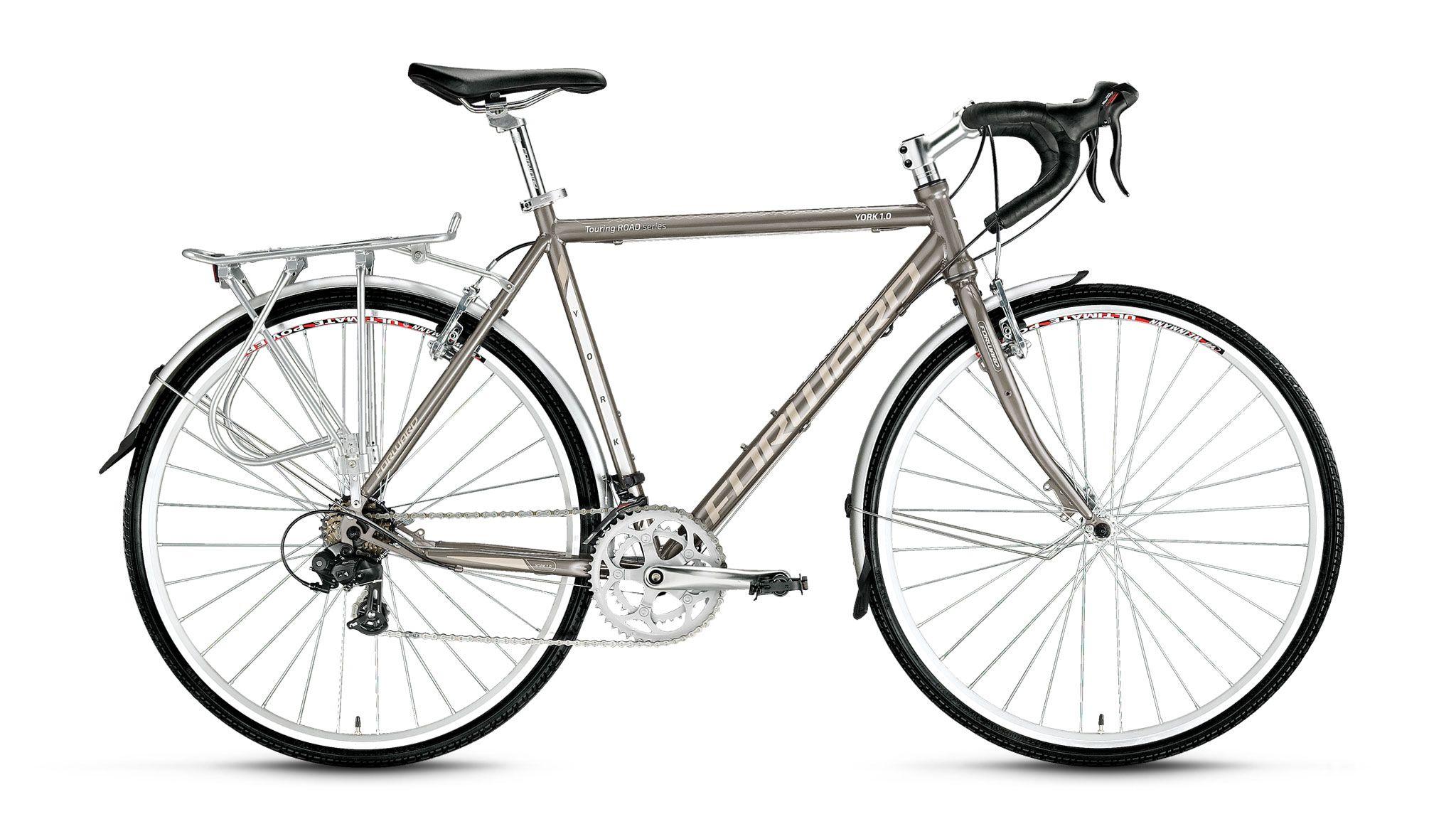 Велосипед Forward York 1.0 (2016) серый 560 mmТУРИСТИЧЕСКИЕ<br><br><br>бренд: FORWARD<br>год: 2016<br>рама: Алюминий (Alloy)<br>вилка: Жесткая (сталь)<br>блокировка амортизатора: None<br>диаметр колес: 28<br>тормоза: Ободные (V-brake)<br>уровень оборудования: Начальный<br>количество скоростей: None<br>Цвет: серый<br>Размер: 560 mm
