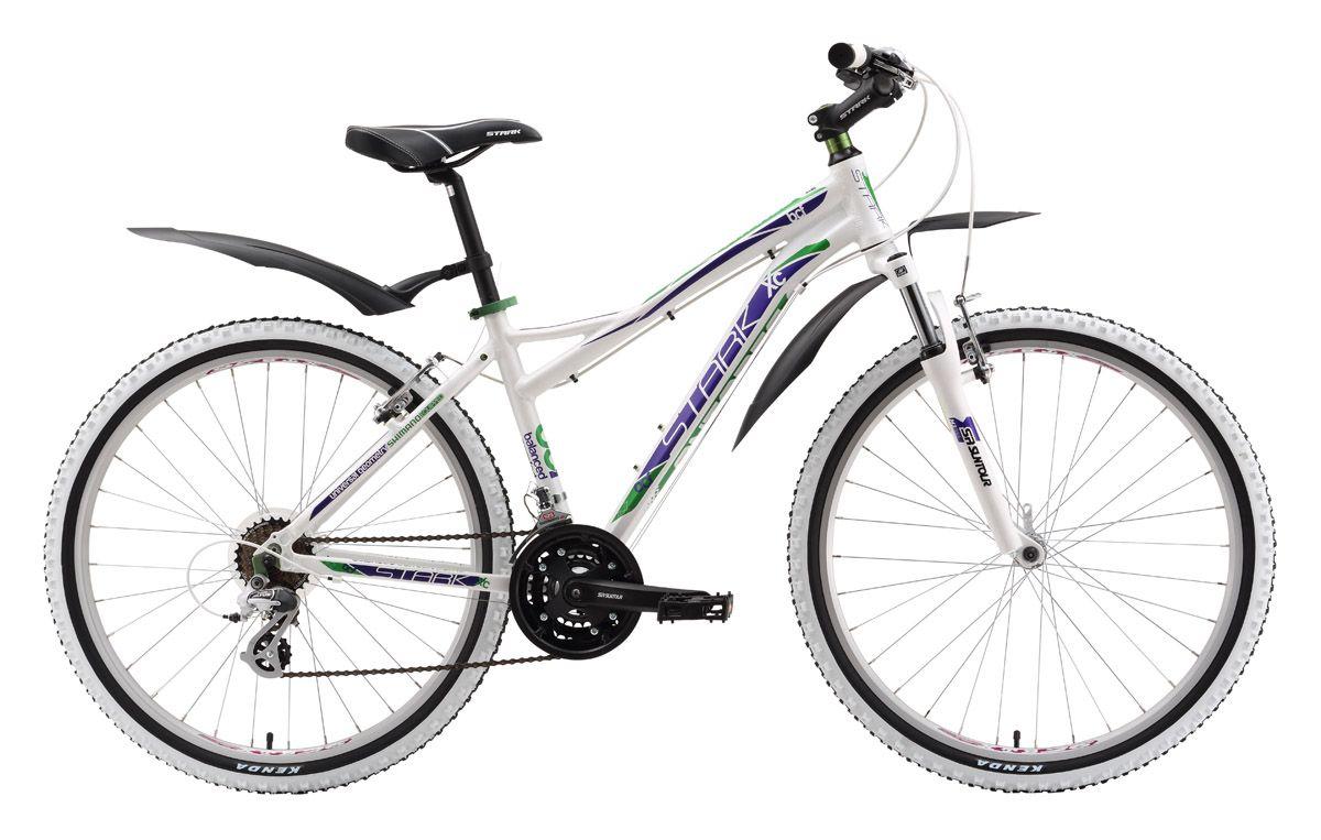 Велосипед Stark Antares (2016) бело-фиолетовый 18СПОРТИВНЫЕ<br>Женский горный велосипед Stark Antares отлично подходит для любительских велопрогулок. Благодаря алюминиевой раме велосипед имеет оптимальный в своей категории вес. Данная модель укомплектована ободными тормозами  эффективными и простыми в обслуживании. Для поездок в любую погоду по пересечённой местности правильно будет выбрать модель Stark Antares HD оборудованную гидравлическим дисковым тормозом. В остальном, оба велосипеда аналогичны в комплектации. Управление 21 передачей выполняется переключателями Shimano, передним механизмом Shimano Altus и задним переключателем Shimano Tourney. Велосипед оборудован широкими быстросъёмными крыльями, полезными в сырую погоду. Выбрать женский горный велосипед не трудно из обширной линейки моделей фирмы Stark, предлагаемой нашим магазином.<br><br>бренд: STARK<br>год: 2016<br>рама: Алюминий (Alloy)<br>вилка: Амортизационная (пружина)<br>блокировка амортизатора: Нет<br>диаметр колес: 26<br>тормоза: Ободные (V-brake)<br>уровень оборудования: Начальный<br>количество скоростей: 21<br>Цвет: бело-фиолетовый<br>Размер: 18