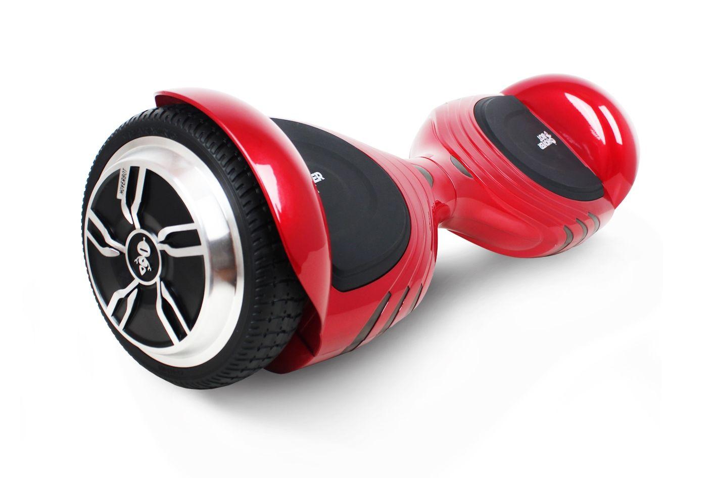 Гироскутер Hoverbot A-17 Premium красный one sizeГИРОСКУТЕРЫ<br>Hoverbot A-17 - невероятно стильное устройство с современным дизайном. Необычные фары и корпус выгодно отличают его от других гироскутеров. Для тех, кто ценит эстетику во всем! Его удобно брать с собой благодаря размерам. Нескользящие педали - обязательная деталь каждого гироскутера – для вашей безопасности. Данная модель оснащена Bluetooth-передатчиком, который позволяет подключаться к любому гаджету и воспроизводить любимую музыку через встроенные колонки!Также встроен самобаланс: на устройство удобно вставать, т.к. выравнивание происходит автоматически. Обучение катанию проходит намного легче! С данной функцией вероятность того, что гироскутер покатится от вас, переворачиваясь и повреждаясь, минимальна. Побалуйте себя или сделайте подарок, который определенно впечатлит и запомнится!<br><br>бренд: HOVERBOT<br>год: 2018<br>рама: None<br>вилка: None<br>блокировка амортизатора: None<br>диаметр колес: 6,5<br>тормоза: None<br>уровень оборудования: None<br>количество скоростей: None<br>Цвет: красный<br>Размер: one size