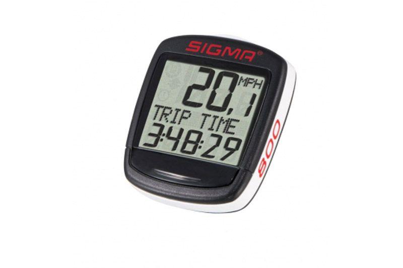 Велокомпьютер Sigma BC 800 BASELINE чёрныйВЕЛОКОМПЬЮТЕРЫ<br>Беспроводной велокомпьютер Sigma BC 800 BASELINE – популярная базовая модель в линейке велокомпьютеров Sigma имеющая, основные 8 функций.  Велокомпьютер фиксирует:   текущую и максимальную скорость, расстояние пройденное за тренировку, общее расстояние за все тренировки, а так же время в пути.  Счетчик пройденных километров включается и выключается автоматически, как только вы начинаете и заканчиваете движение.  Влагозащищённый корпус предохраняет велокомпьютер от дождя и снега.  Есть возможность подключения к компьютеру с помощью дополнительных аксессуаров.  Батарейка: CR2032 (заменяется самостоятельно)<br><br>бренд: SIGMA<br>год: Всесезонный<br>рама: None<br>вилка: None<br>блокировка амортизатора: None<br>диаметр колес: None<br>тормоза: None<br>уровень оборудования: None<br>количество скоростей: None<br>Цвет: чёрный<br>Размер: None