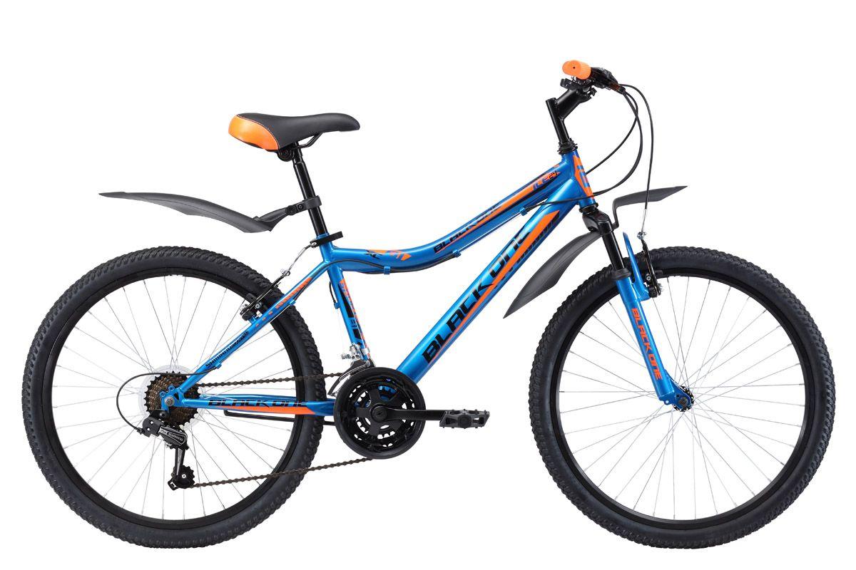 Велосипед Black One Ice 24 (2017) черно-оранжевый 13ОТ 9 ДО 13 ЛЕТ (24-26 ДЮЙМОВ)<br>Горный подростковый велосипед Black One Ice 24 подходит для прогулок по различным типам дорог. Эта модель предназначена для подростков имеющих рост 127 – 155 см. Велосипед собран на прочной стальной раме. 24 дюймовые колёса имеют двойные алюминиевые обода, устойчивые к «восьмёркам». Амортизационная вилка передней подвески гасит толчки от дорожного покрытия. Ободные тормоза типа V-brake удобны и просты в обслуживании. Black One Ice 24 оборудован трансмиссией на 21 скорость и курковыми переключателями. Пластиковые крылья и удобная подножка – обязательные атрибуты комфортного подросткового велосипеда.<br><br>бренд: BLACK ONE<br>год: 2017<br>рама: Сталь (Hi-Ten)<br>вилка: Амортизационная (пружина)<br>блокировка амортизатора: Нет<br>диаметр колес: 24<br>тормоза: Ободные (V-brake)<br>уровень оборудования: Начальный<br>количество скоростей: 21<br>Цвет: черно-оранжевый<br>Размер: 13