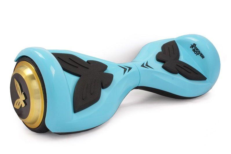 Гироскутер Hoverbot К-2 голубойГИРОСКУТЕРЫ<br>Hoverbot K-2 - гироскутер, созданный специально для детей! Облегченный корпус и компактность позволит носить его с собой. Научиться кататься на нем очень легко! Небольшой диаметр колес отлично подойдет для катания по ровному асфальту. Нескользящие педали - обязательная деталь каждого гироскутера – для безопасности ребенка, а в данной модели они выполнены в виде прелестной бабочки! Такой гироскутер станет любимой вещью!<br><br>бренд: HOVERBOT<br>год: 2018<br>рама: None<br>вилка: None<br>блокировка амортизатора: None<br>диаметр колес: 4,5<br>тормоза: None<br>уровень оборудования: None<br>количество скоростей: None<br>Цвет: голубой<br>Размер: None