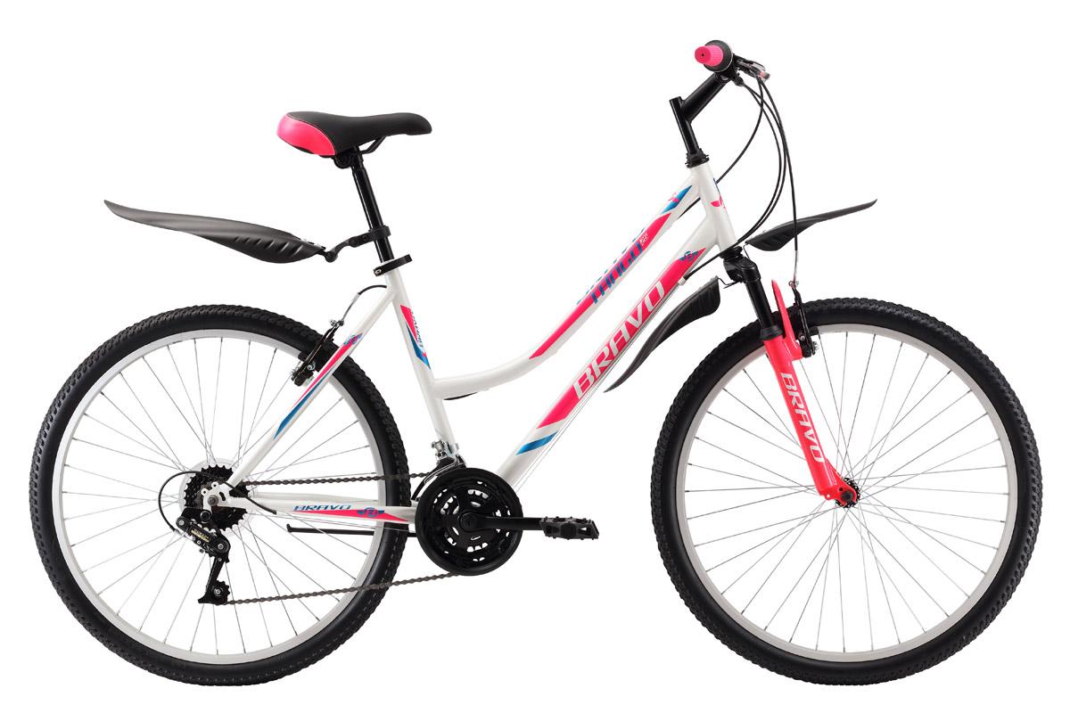 Велосипед Bravo Tango 26 (2017) сине-красный 18СПОРТИВНЫЕ<br>Женский велосипед Bravo Tango 26 на стальной раме подходит для прогулок в парках и за городом. Велосипед оснащён амортизационной вилкой, которая хорошо гасит не ровности дороги. Трансмиссия велосипеда имеет 18 скоростей, что позволяет подобрать оптимальную нагрузку. Ободные тормоза, установленные на этой модели, надёжны и просты в эксплуатации. 26 дюймовые колёса имеют двойные обода, устойчивые к деформациям. Велосипед Bravo Tango 26 #40;2017#41; укомплектован пластиковыми крыльями и подножкой.<br><br>бренд: BRAVO<br>год: 2017<br>рама: Сталь (Hi-Ten)<br>вилка: Амортизационная (пружина)<br>блокировка амортизатора: Нет<br>диаметр колес: 26<br>тормоза: Ободные (V-brake)<br>уровень оборудования: Начальный<br>количество скоростей: 18<br>Цвет: сине-красный<br>Размер: 18